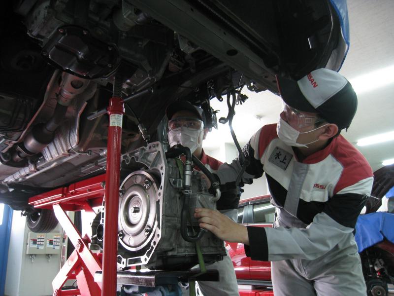 学校情報#6【授業編】自動車整備科2年次の熱い実習授業を紹介!