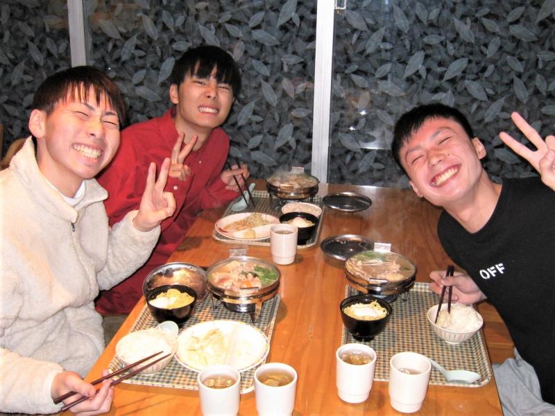 若竹寮冬のお楽しみ「お一人さま鍋パート2」♪