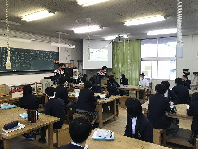 宇治市の中学校で工学科4年生の授業【その2】