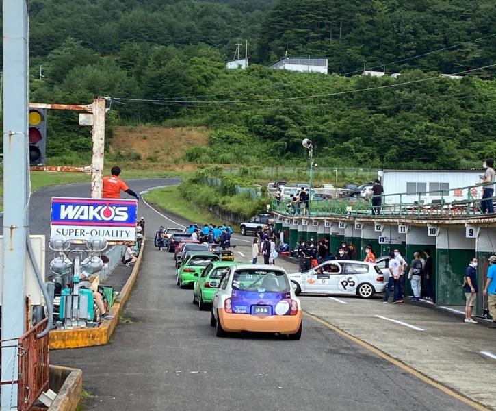灼熱の挑戦!「エビススーパー耐久レース第3戦(12時間耐久レース)」に出場!