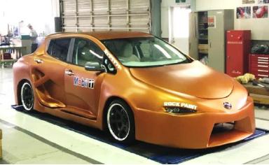 日産京都自動車大学校が大阪オートメッセに出展 学生が制作したカスタムカーを展示