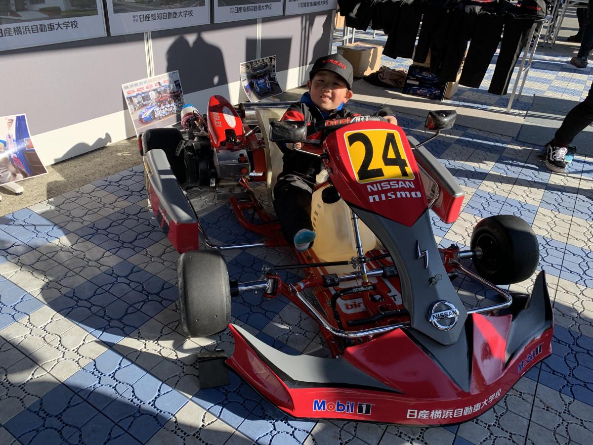 12/8 NISMO FESTIVALに、今年も日産自動車大学校が出展しました。